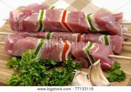 Several skewers of meat