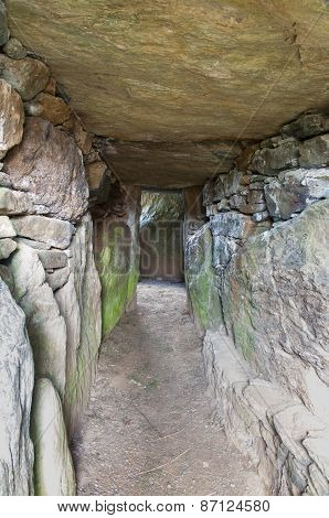 Bryn Celli Ddu Prehistoric Passage Tomb. Interior.