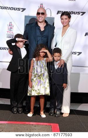 LOS ANGELES - APR 1:  Vin Diesel, Paloma Jimenez, Children at the Vin Diesel Hand and Foot Print Ceremony at the TCL Chinese Theater on April 1, 2015 in Los Angeles, CA