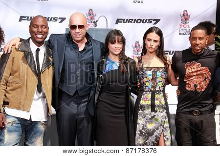LOS ANGELES - APR 1:  Tyrese Gibson, Vin Diesel, Michelle Rodriguez, Jordana Brewster, Ludacris at the Vin Diesel Print Ceremony at the TCL Chinese Theater on April 1, 2015 in Los Angeles, CA