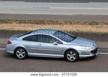 Peugeot 407 Coupe On The Highway