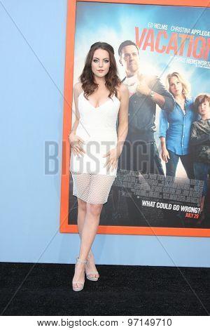 LOS ANGELES - JUL 27:  Elizabeth Gillies at the