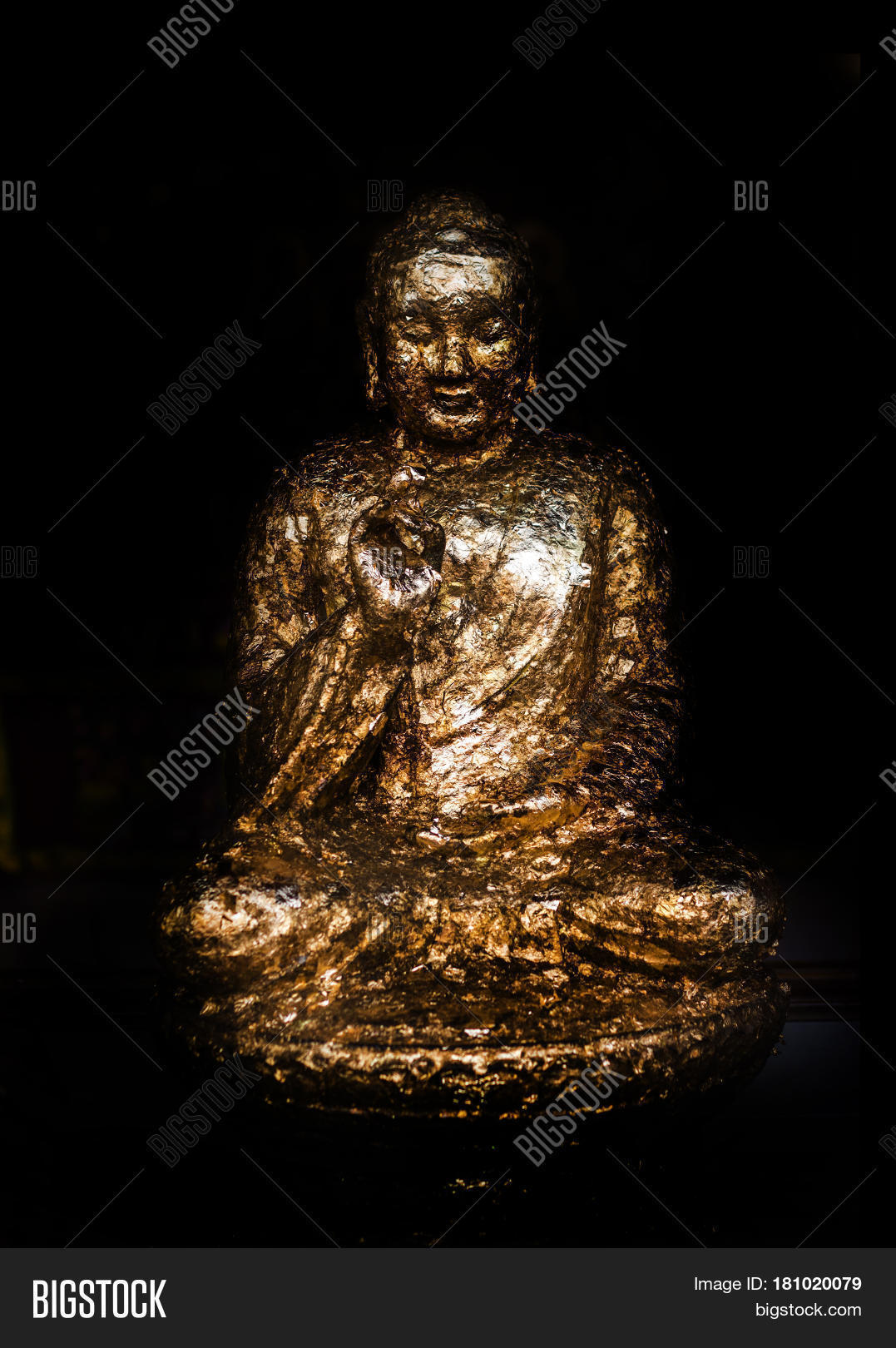 essay on buddism Iintroduction p401 the influence of buddhism on the formation of neo-confucianism during the sung period was many-sided and the effort to clarify this issue poses a number of very difficult methodological problems neo-confucianism has been.