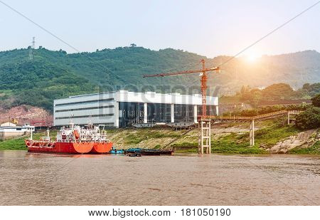 Is located in the Chongqing Yangtze River side of the shipyard