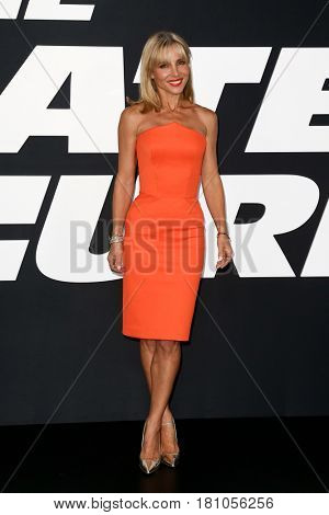 NEW YORK-APR 8: Actress Elsa Pataky attends the premiere of