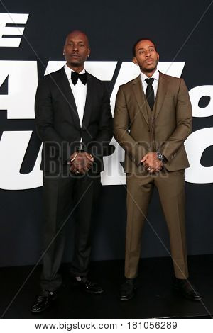 NEW YORK-APR 8: Actors Tyrese Gibson (L) and Christopher 'Ludacris'  Bridges attend the premiere of
