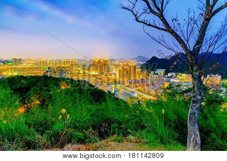 Mountain view of Taipei city in the evening