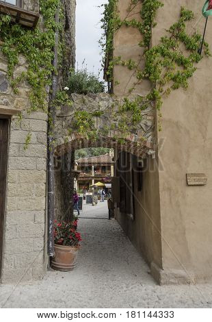 VAL'QUIRICO, TLAXCALA, MEXICO- MARCH 25, 2017: Alley in a street of Val'Quirico, a town near to Tlaxcala, Mexico
