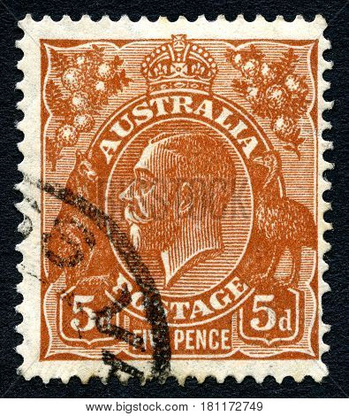 AUSTRALIA - CIRCA 1920s: A used postage stamp from Australia depicting a portrait of King George V circa 1920s.