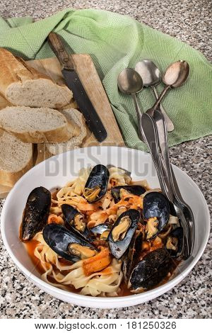 mediterranean mussels with tomato sauce tagliatelle and baguette