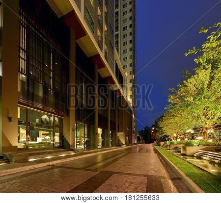Perspective of the entrance in a condominium