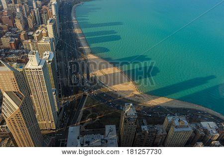 Lake Michigan, Clear Lake, Chicago Skyscrapers, Illinois, Usa.