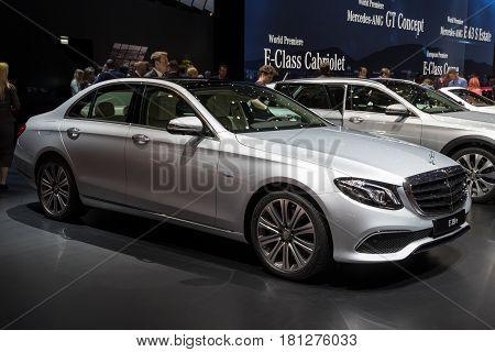 Mercedes-benz E-class E350E Plug-in Hybrid Car