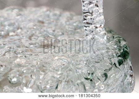 drinks, glasses, water, transparent, liquid, material, backgrounds, objects, white, reflection, purity, bubbles, drop, blue, clean, healthy, food, full, refreshment, wet, nature, thirsty, cold, temperature, space, copy, pouring, motion, abstract, light, f