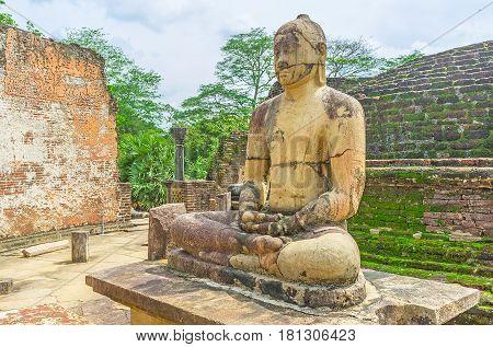 Meditating Buddha In Dalada Maluwa