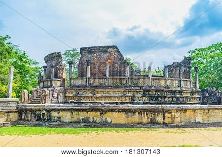 The Brick And Stone Ruins In Polonnaruwa