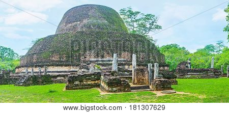 The Ruins Of Pabulu Vihara