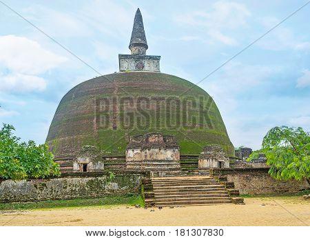 The Stupa In Polonnaruwa