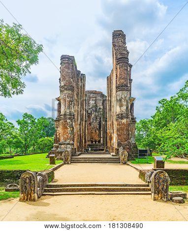 The Guardstones At Lankathilaka Temple