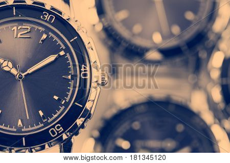 Wrist watches with a retro effect .