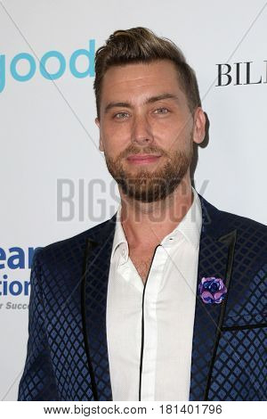LOS ANGELES - APR 7:  Lance Bass at the 4th Annual unite4:humanity Gala at the Beverly Wilshire Hotel on April 7, 2017 in Beverly Hills, CA