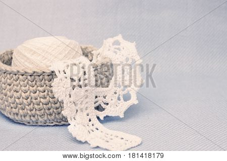 Linen rustic crochet box and white crochet lace. Natural crochet textile tutorial pattern. Thick ribbon cotton yarn