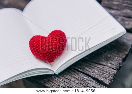 Love Memory, Vintage Memories Of Loving Story Empty Paper Notebook On The Old Wood  Table