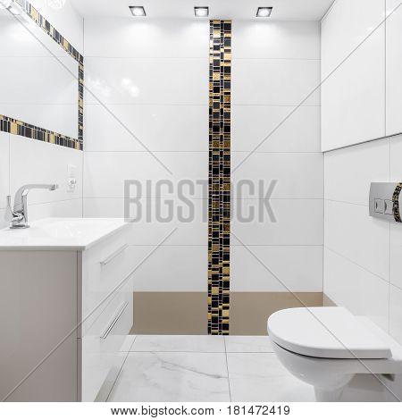 Modern Ceramic Tiles In Bathroom