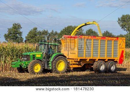 Harvesting Agriculture Tractor