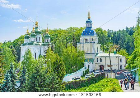 Visiting Vydubychi Monastery