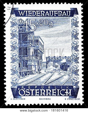 AUSTRIA - CIRCA 1948 : Cancelled postage stamp printed by Austria, that shows Signal box of Vienna South Station.