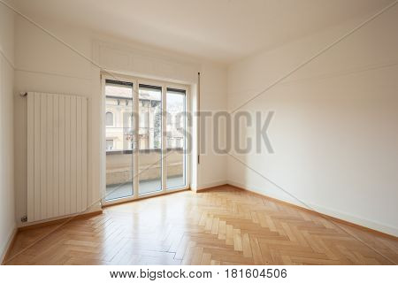 Modern empty room whit a window