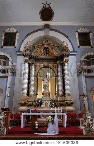 DUBROVNIK, CROATIA - NOVEMBER 08: Risen Christ, altar in Franciscan church of the Friars Minor in Dubrovnik, Croatia on November 08, 2016.