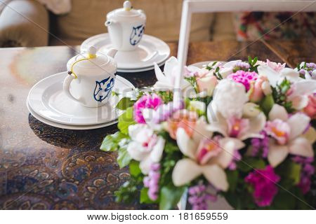a bouquet of flowers, assorted colors, beautiful flowers, bright bouquet, chic, floral, floral mood, flower basket, flower decoration, flowers, holiday flowers, plants, the flowers in the store, tea, tea ceremony, tea drinks, tea crockery, tea set, tea at