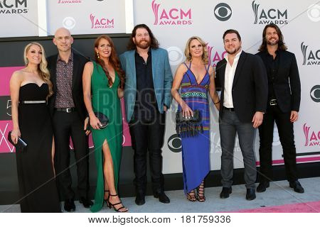 LAS VEGAS - APR 2:  Jon Jones, James Young, Mike Eli, Chris Thompson, Guests at the Academy of Country Music Awards 2017 at T-Mobile Arena on April 2, 2017 in Las Vegas, NV