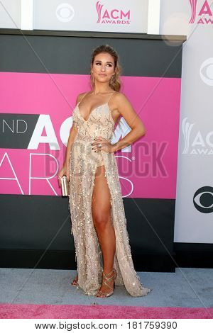 LAS VEGAS - APR 2:  Jessie James Decker at the Academy of Country Music Awards 2017 at T-Mobile Arena on April 2, 2017 in Las Vegas, NV