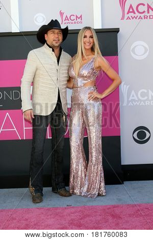 LAS VEGAS - APR 2:  Jason Aldean, Brittany Kerr at the Academy of Country Music Awards 2017 at T-Mobile Arena on April 2, 2017 in Las Vegas, NV