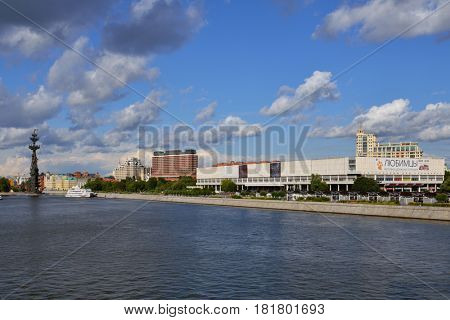MOSCOW, RUSSIA - JULY 21, 2015: Exhibition center Central House of Artists on the bank of Moscow river. The building was founded in 1956