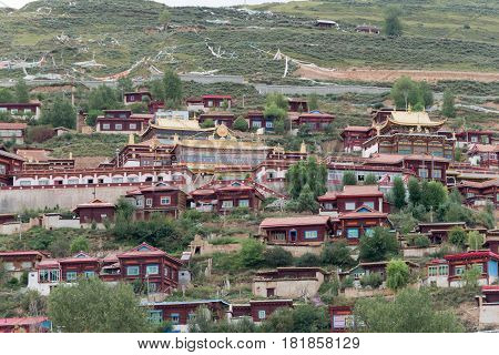Luhuo, China - Sep 18 2014: Shouling Temple. A Famous Lamasery In Luhuo, Sichuan, China.