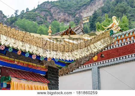 Huzhu, China - Jul 7 2014: Roof At Gonlung Champa Ling(youningsi). A Famous Monastery In Huzhu, Qing