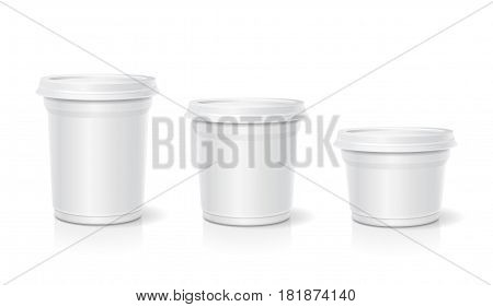 White blank container for dessert or yogurt, ice cream, sour cream. Vector set.
