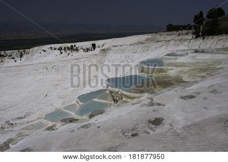 piscinas naturales de minerales en Pamukale, Turquia