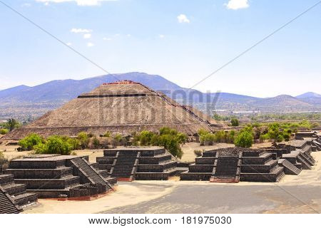 View from the Pyramid of Moon towards the Pyramid of Sun and Avenue of Dead, Teotihuacan ancient historic city, Mexico, North America. UNESCO world heritage site