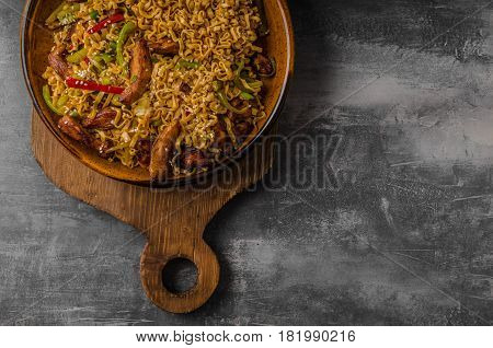 Chinese Noodles With Chicken