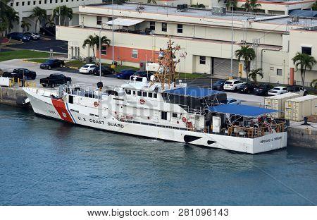 Miami, Usa - December 22, 2018: Us Coast Guard Cutter Awaits Next Mission In The Uscg Base Miami, Fl