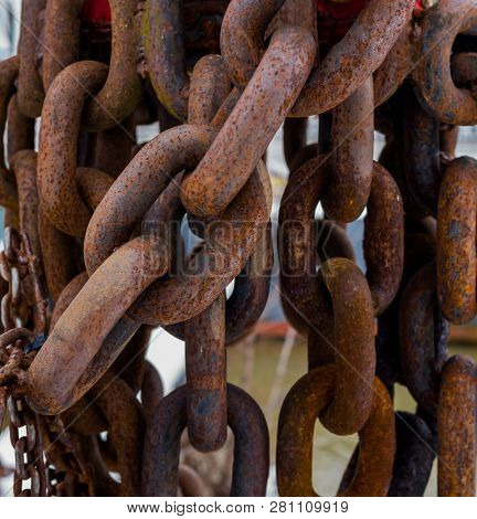 rusted iron chain