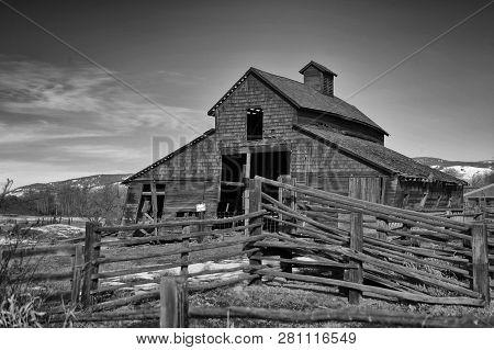 Barn In Rural Washington In Complete Disrepair
