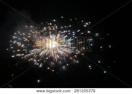 Ground Fire Cracker, Diwali Cracker, Patakha, Chakri