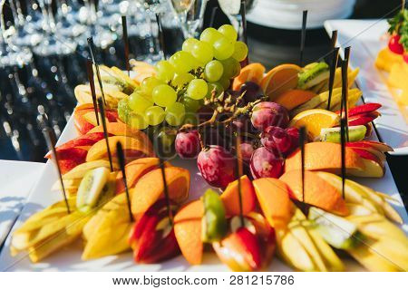 Light Snacks In A Plate On A Buffet Table. Assorted Mini Canapes Closeup, Delicacies And Snacks, Res