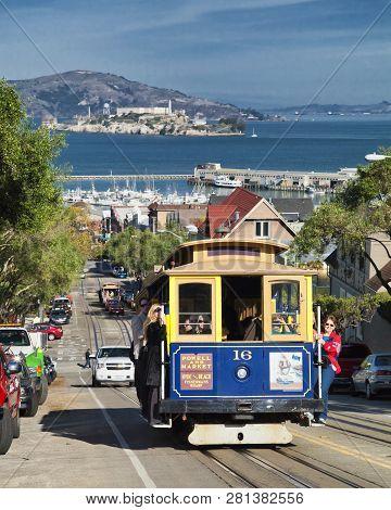 San Francisco - November 2012: The Cable Car Tram, November 2Nd, 2012 In San Francisco, Usa. The San